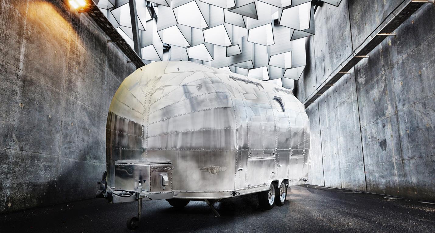 custom-caravan-06